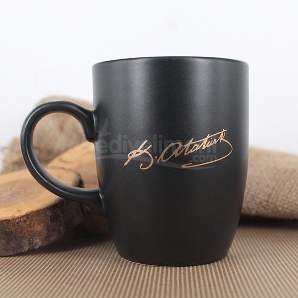 Atatürk İmzalı Siyah Kupa Bardak