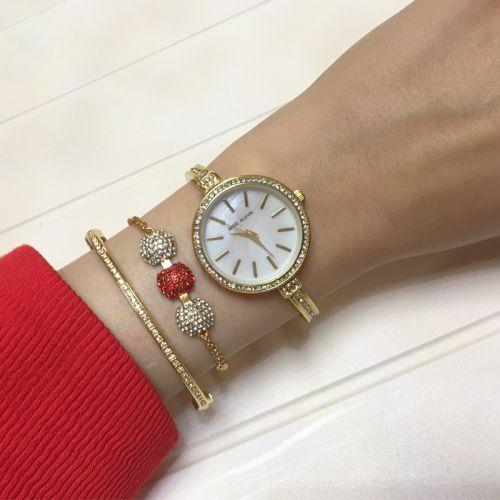 Bayan Kırmızı Taşlı Bileklik Kol Saati