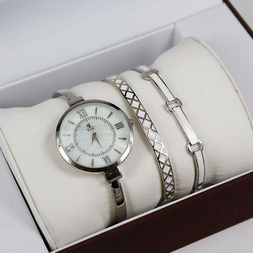 Bayan Kol Saati Bileklik Kombin Gümüş Beyaz