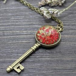 Kişiye Özel Kutulu Yaşayan Kolye Kalbimin Anahtarı Kırmızı - Thumbnail