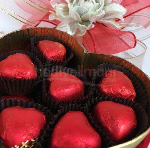 Sevgililer Günü Hediyesi Ayıcık ve Çikolata